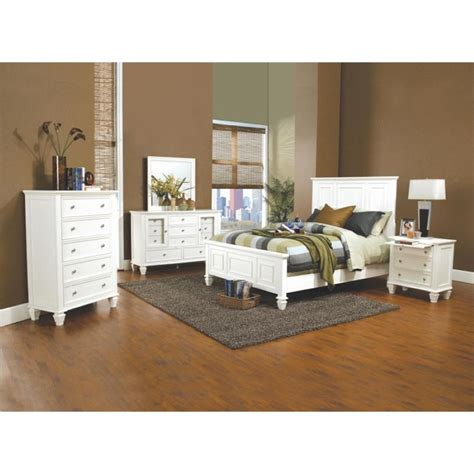 Coaster King Bedroom Set by Coaster 4 King Panel Bedroom Set In White 201301ke S4