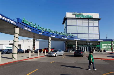 Nabraska Furniture Mart by From The Archives 76 Facts About Nebraska Furniture Mart Omaha Money