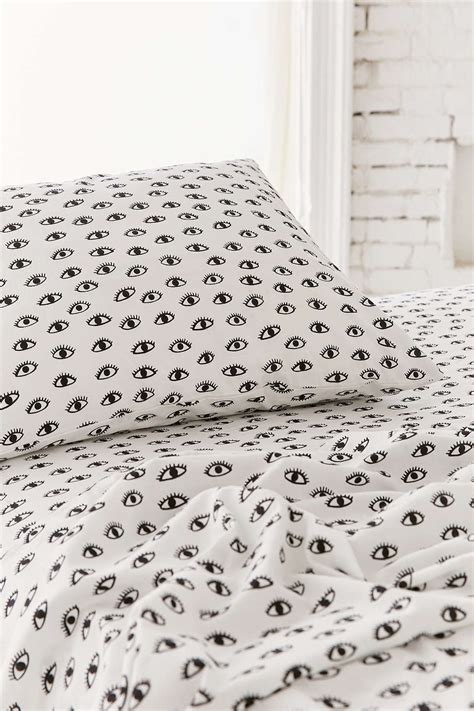 pattern bed sheets shopping for bed sheets helpful tips and pointers