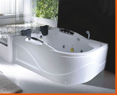 Jets Bathtub by 2 Person Tub Person Jetted Bathtub Hya 016l Best For
