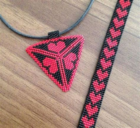 triangle pattern loom bracelet 617 best peyote patterns images on pinterest seed beads