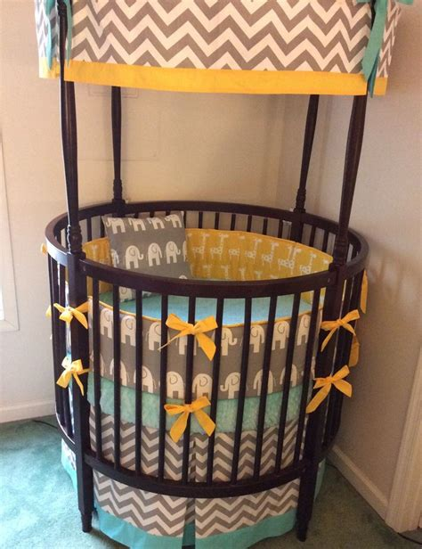 Circular Crib Bedding 17 Best Ideas About Cribs On Baby Cribs Babies Nursery And Baby Supplies
