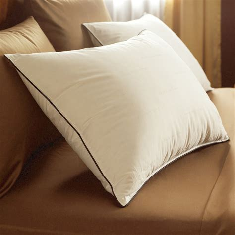 Best Pillows For Side Sleeping by Best Pillows For Side Sleepers With Shoulder The