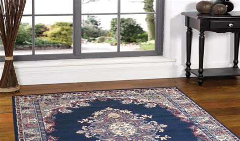 come si fa un tappeto salotto classico dal tavolino ai tappeti e poltrone