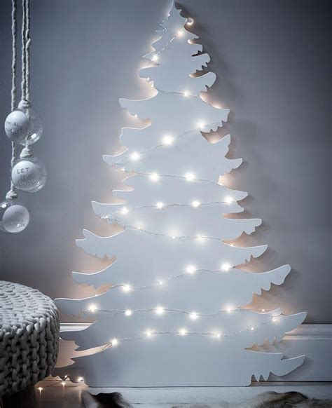 25 best ideas about traditional christmas tree on