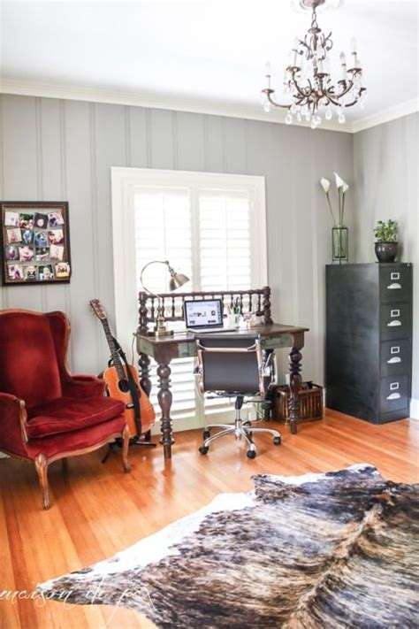 painting paneling walls best 25 wood paneling makeover ideas on
