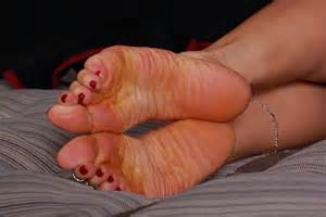 pretty feet contest 2012 long hairstyles