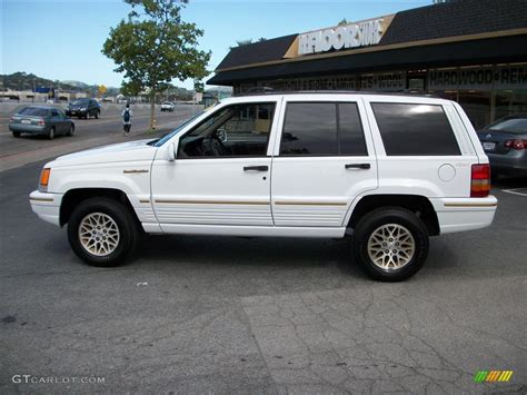 Jeep Limited 1995 1995 white jeep grand limited 4x4 29097767