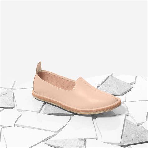 Sale Flat Shoes Snacker Merah vayarta leather slip on garmentory