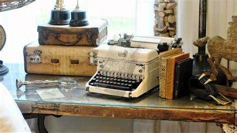 retro interior decorating ideas vintage typewriters