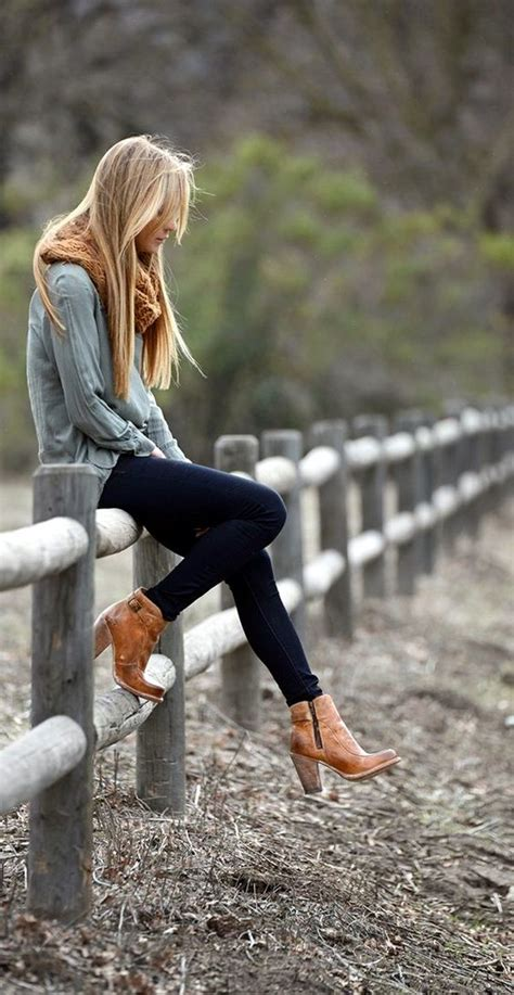 wear ankle boots  jeans fashionably  chic ways
