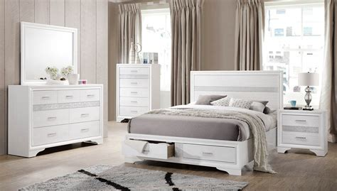 Coaster Bedroom Furniture Reviews Coaster Miranda Storage Platform Bedroom Set White 205111 Bedroom Set At Homelement