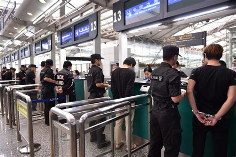 emirates jakarta airport telephone 254 phone scammers sent home to china emirates 24 7