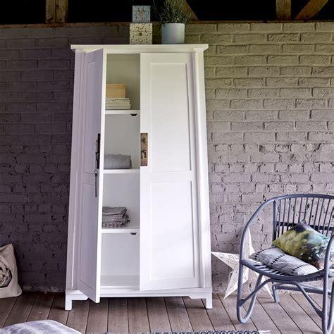 colonne rangement 2028 armoire en acajou vente armoires coloris blanc yuki tikamoon