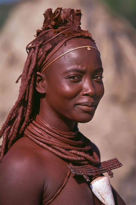 african himba tribe woman himba woman namibia pinterest himba people