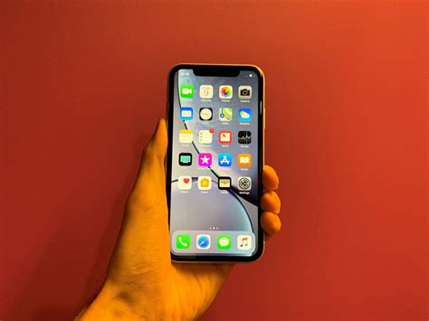 3 Iphone Xr Apple Iphone Xr Review Ebuyer