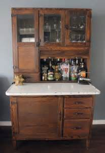 Hutch Bar Best 25 Bar Hutch Ideas On Vintage Hutch