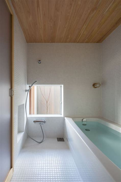 Japan Bathrooms by 25 Best Ideas About Japanese Bathroom On