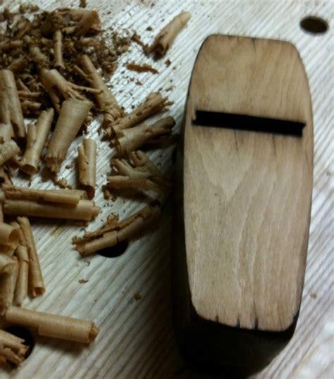 renaissance woodworker restoring a vintage toothing plane the renaissance