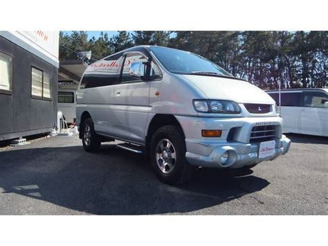 featured 2004 mitsubishi delica space gear at j spec imports