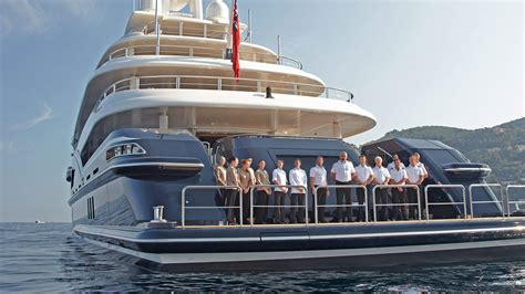 yacht motor boat services does every motor yacht need to have a crew florida