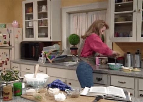 cooking gif clarissa explains it all cooking gif find share on giphy