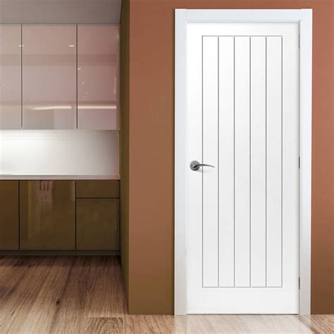 5 panel white interior doors five jbk cottage 5 panel moulded doors white primed