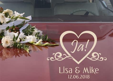 Kleine Aufkleber Hochzeit by Autoaufkleber Hochzeit Just Married Mit Kleinen Herzen