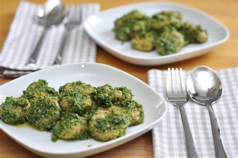 pesto fatto in casa ricetta ricetta pesto fatto in casa non sprecare