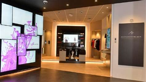 Bt Store Opens To The Masses Even If You Get Your Broadband From A Rival by Bt Opens Black Digital Concept Shop Bt