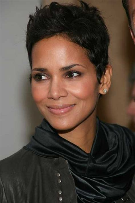 how to get halle berrys pixie cut 20 best halle berry pixie cut pixie cut 2015