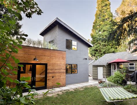 accessory dwelling unit build small live large portland s accessory dwelling