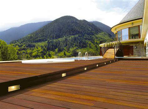 terrazze in legno da esterno pavimenti esterni in legno decking in ticino