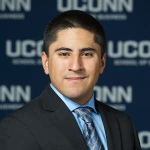Https Mba Uconn Edu Academics Elective Tracks Digital Marketing Strategy by Mario Flores Uconn Mba Program