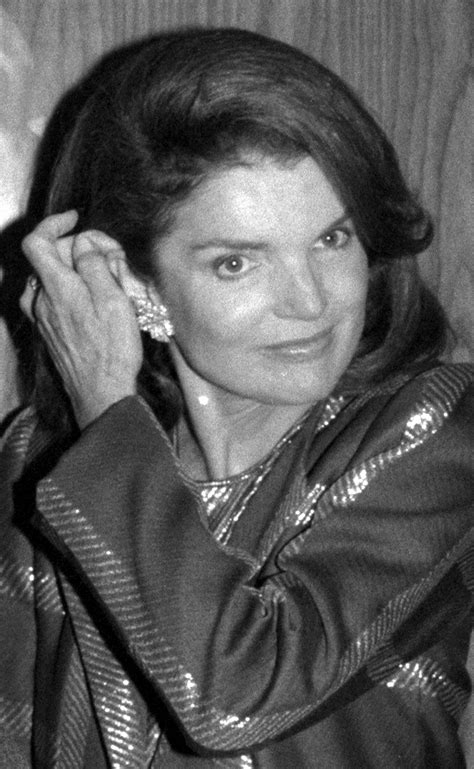 haircuts70yearsolds jackie kennedy onassis fashion love by pam ladies who