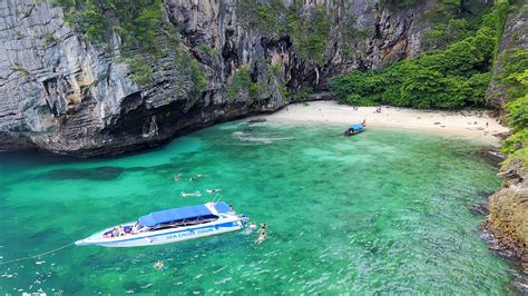 boat from phi phi to krabi phi phi island speed boat tour by sea eagle trip store krabi