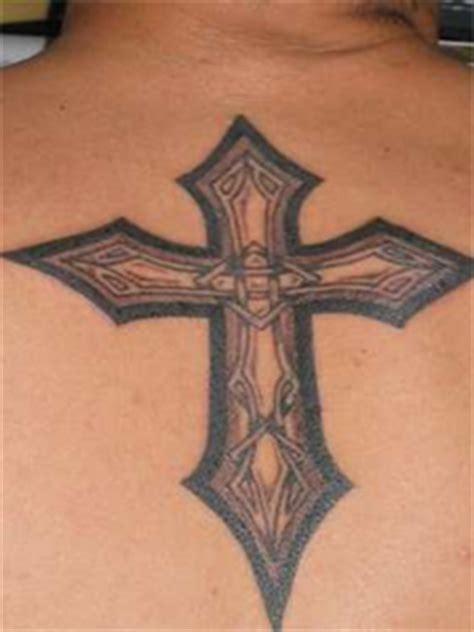 tattoo holy cross holy cross tattoos tattoos trends