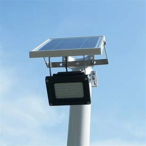 the solar flood light solar light with inbuilt