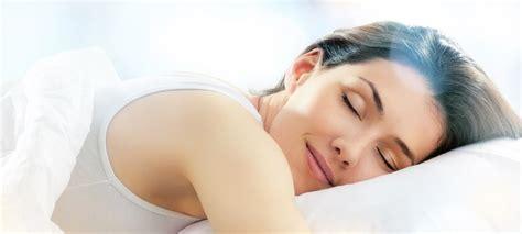 hände schlafen oft ein schlaf gesund schlafen schlafst 246 rungen vermeiden