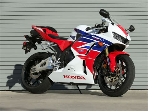 Honda Cbr 600rr 301 moved permanently