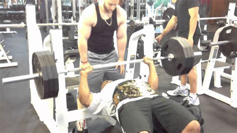 mark henry max bench 315 bench press w wwe title belt youtube
