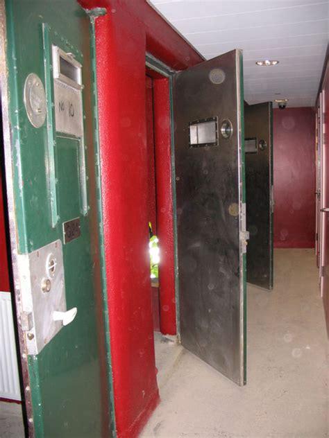clink room clink hostel travel guide