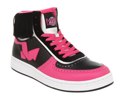 pink and black shoes 4 free wallpaper