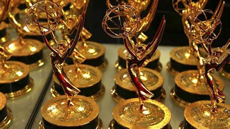 primetime emmy awards television academy youtubers now eligible for emmy awards news opinion