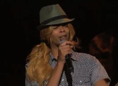 antoine dodson bed intruder song antoine dodson performs in a wig justin bieber wins at the webby awards idolator