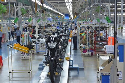 public boat rs jupiter yamaha motor opens new two wheeler plant in tamil nadu