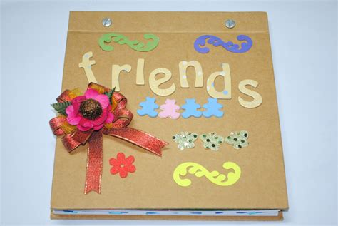 How To Make A Paper Scrapbook - how to create a great scrapbook with friends for