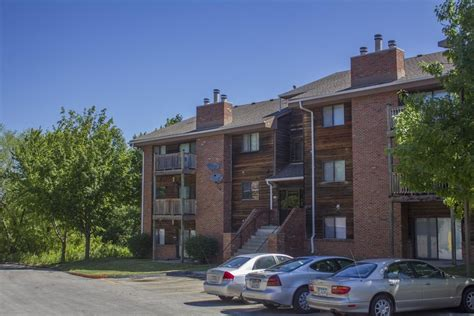 Meredith Apartments Des Moines Iowa Westchester Square Des Moines Ia Apartment Finder