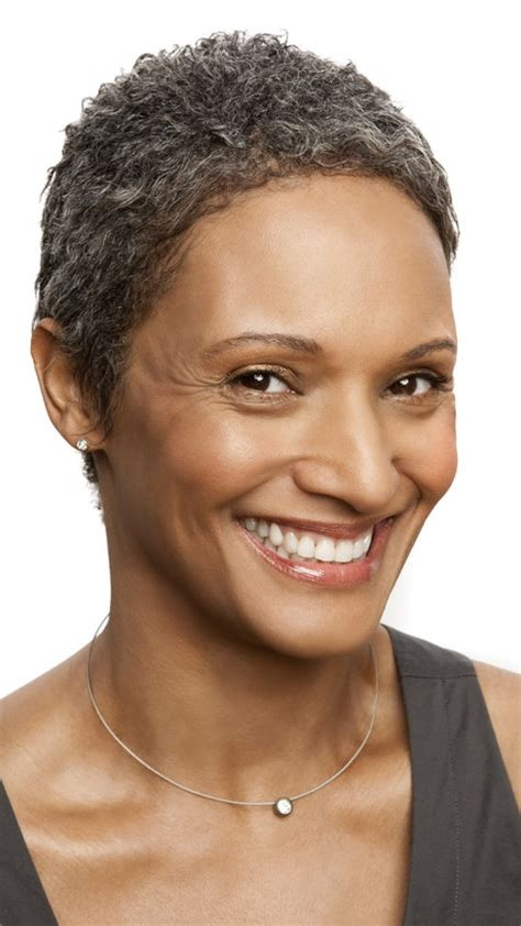 natural hairstyles for black women over 50 with thinning hairlines short haircuts for black women over 50