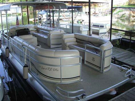 tritoon boat with cabin pontoon rentals pickwick lake rental boat